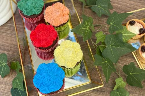 Πολύχρωμα Cupcakes