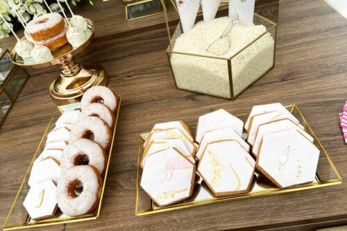 Donuts, μπισκότα ζαχαρόπαστας, popcakes και ρύζι