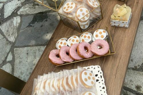 Μπισκότα & donuts