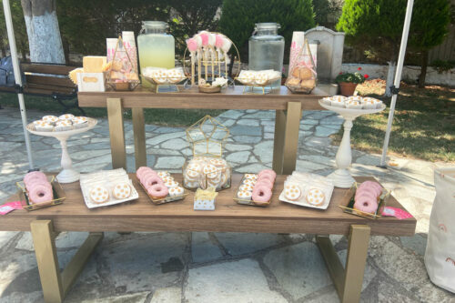 Candybar σε χρωματισμούς λευκού, ροζ & χρυσού
